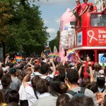 Teasing – Photos de la Gay Pride 2009